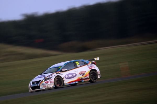 MB Motorsport accelerated by Blue Square prepared for battle at Brands Hatch BTCC finale