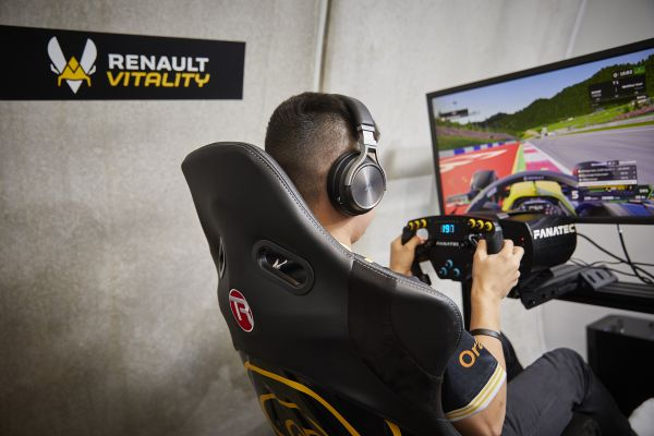 Renault Vitality consistent in F1 Esports Pro Series