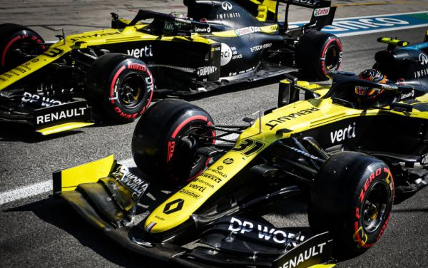 Renault DP World F1 Team Russian Around