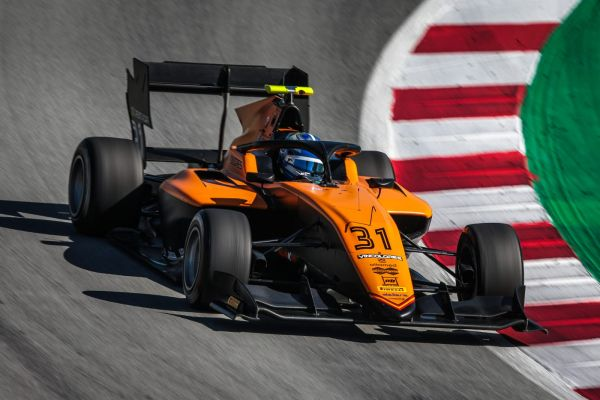 Matteo Nannini tops the first day of FIA F3 official test in Barcelona