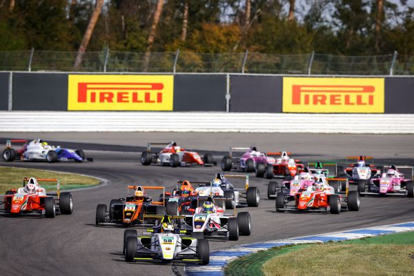 Victor Bernier in first F4 victory of the season after spectacular race
