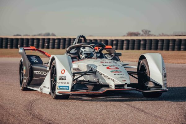 Final test for TAG Heuer Porsche Formula E Team ahead of season start in Chile