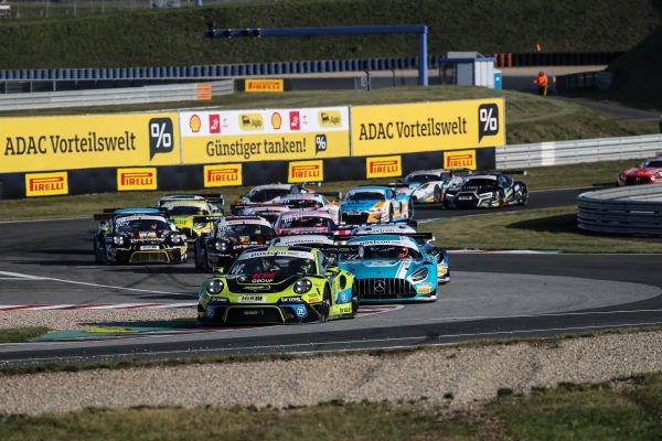 Title chase hots up at Oschersleben as win for Porsche duo Ammermüller/Engelhart hands them championship lead