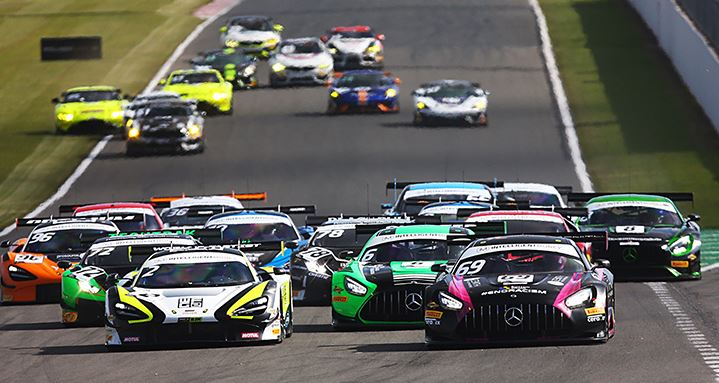British GT3 - Victory helps De Haan and Kujala take Championship lead