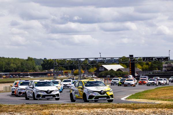 The pulse accelerates at Magny-Cours - timetable and entry list