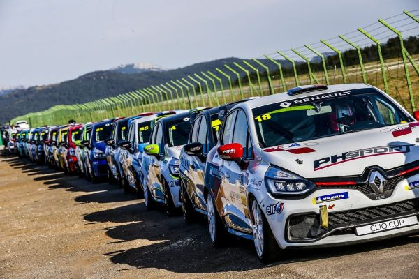 Already the mid-season mark for the Clio Cup France - entry list