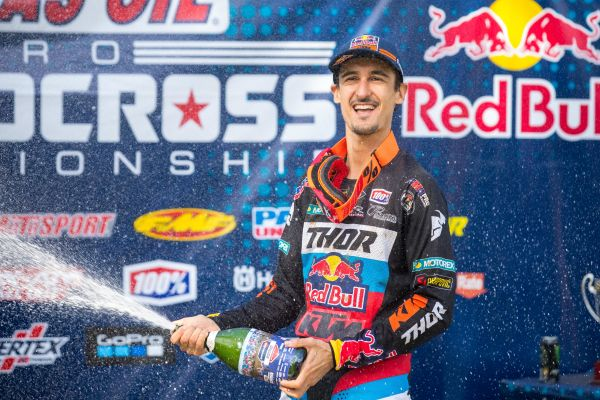 Red Bull KTM's Musquin earns runner-up finish at Ironman National