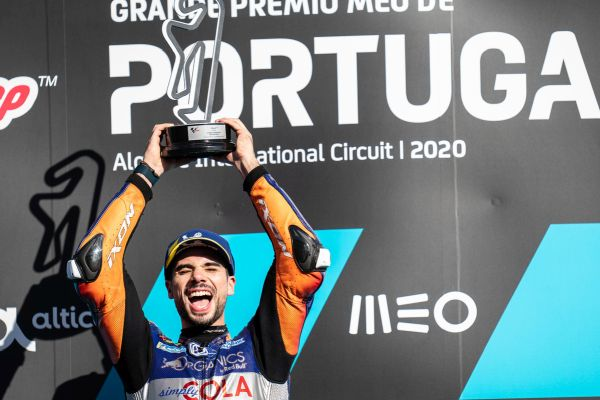 Oliveira dominates home MOTOGP™ in Portugal as Arenas wins 2020 MOTO3™ title