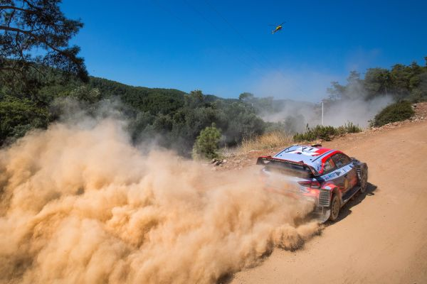 Turkey Rally stage 1 standings - Thierry Neuville in leads ahead of Loeb