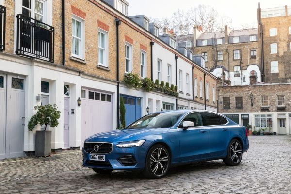 Volvo S90 honoured as Used Executive Car of the Year in Car Dealer Used Car Awards