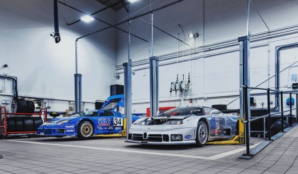 H.R. Owen Bugatti welcomes two racing legends to its workshop