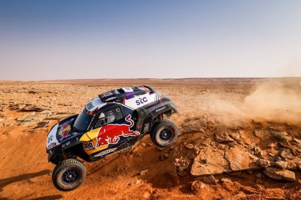 Both MINI JCW Buggies in the top three again at Dakar stage 8