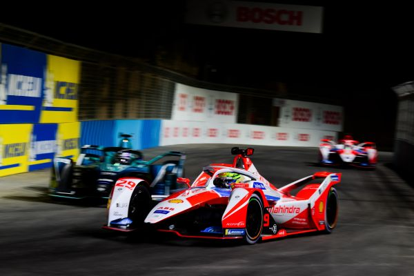 Six points for Alexander Sims in Mahindra Racing debut