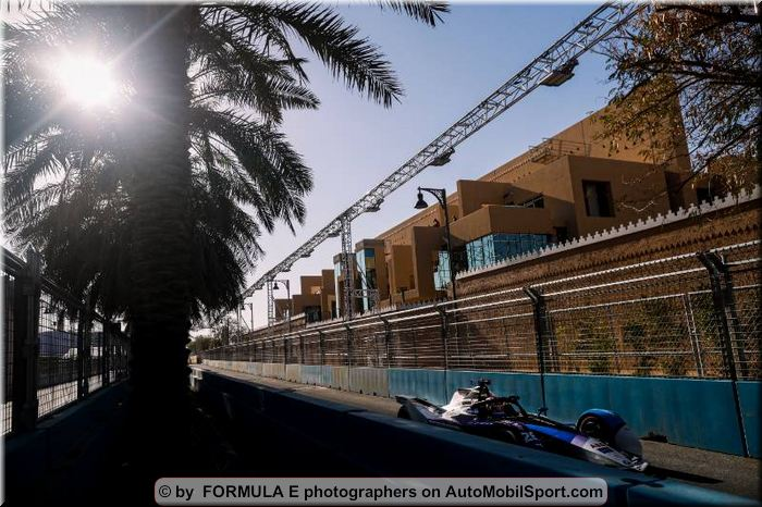 Maximilian Günther without points at the first night races of the ABB FIA Formula E World Championship in Diriyah