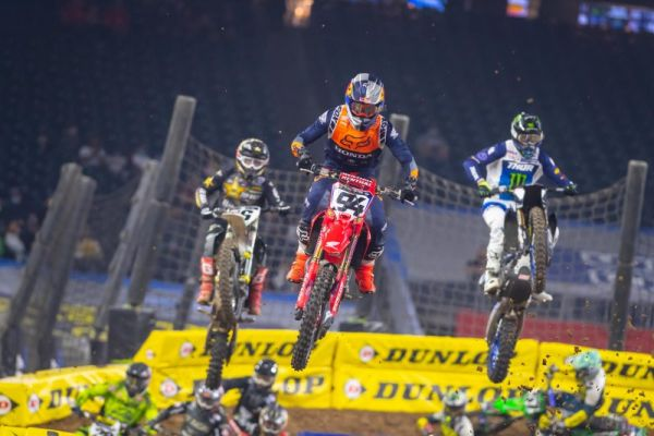 Ken Roczen Assumes 450SX Points Lead at Houston 3 Supercross, results