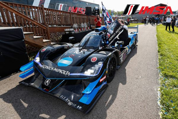 Acura Sports Car Challenge Mid Ohio race result by class - victory for #10 Taylor / Albuquerque