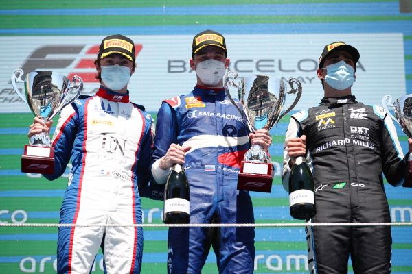 Smolyar takes victory from Novalak in frenetic first F3 race of the season at Barcelona