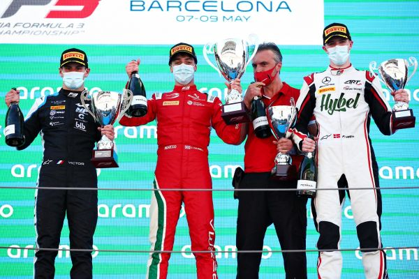 Caldwell steers clear of trouble for maiden F3 win in Barcelona
