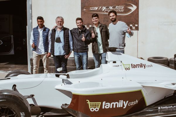 Family Cash and Campos Racing organize a route in memory of Adrián Campos