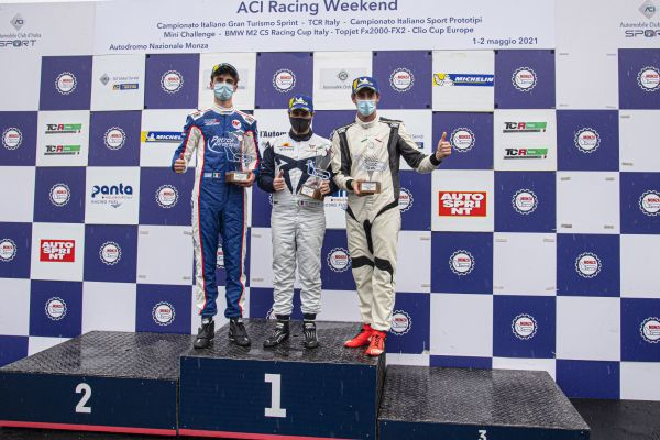 TCR Italy @ Monza - Salvatore Tavano begins with a double win