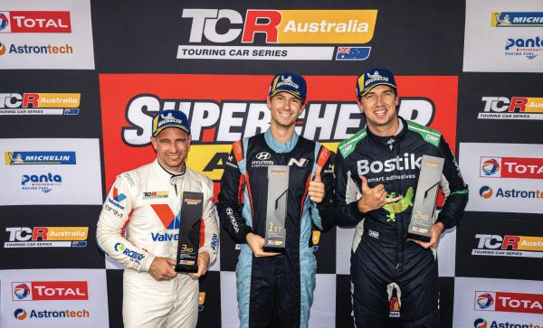 TCR Australia @ Sydney - Maiden victories for Buchan and Caruso
