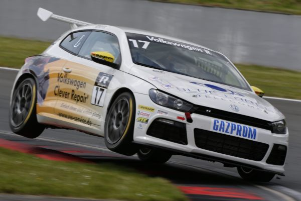 Jordan Pepper secures hat-trick to make Scirocco R-Cup history