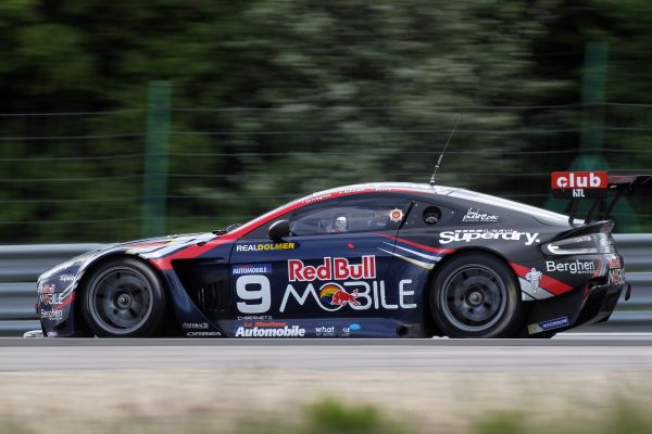Superbe victoire pour Aston Martin Brussels Racing