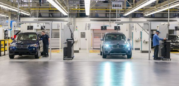 BMW Industry 4.0: Intelligent energy data management for sustainable production.