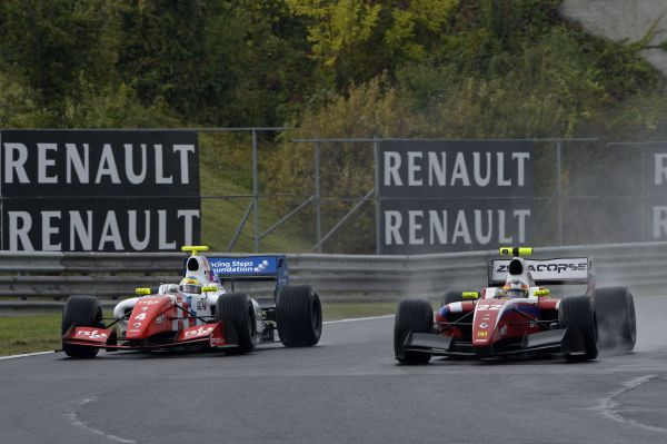 Roberto Merhi tames the elements at the Hungaroring