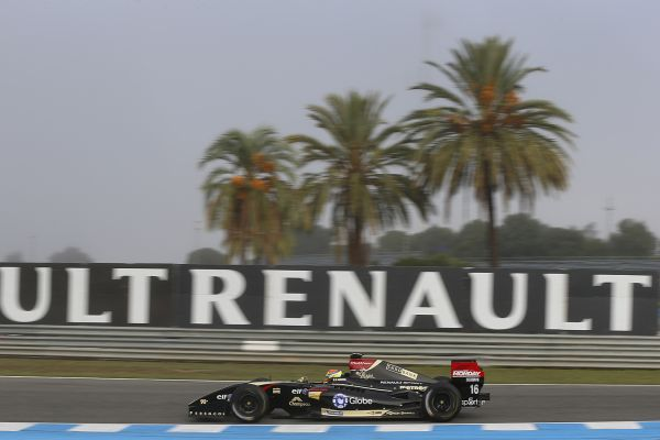 Vaxiviere and Gasly on top at FR3.5 practice in Jerez