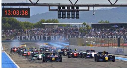 Big crowds and the first title at Circuit Paul Ricard for the World Series by Renault!