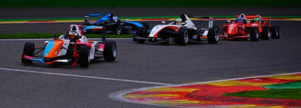 Calendar 2015 and new name for the Formula Renault 1.6 European Series