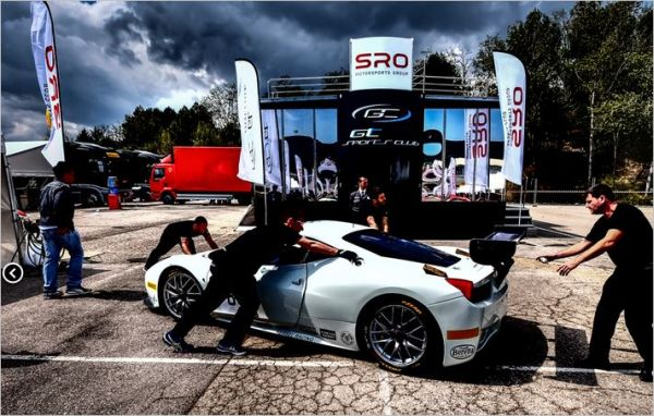 GT Sports Club starts in style at Espíritu de Montjuïc